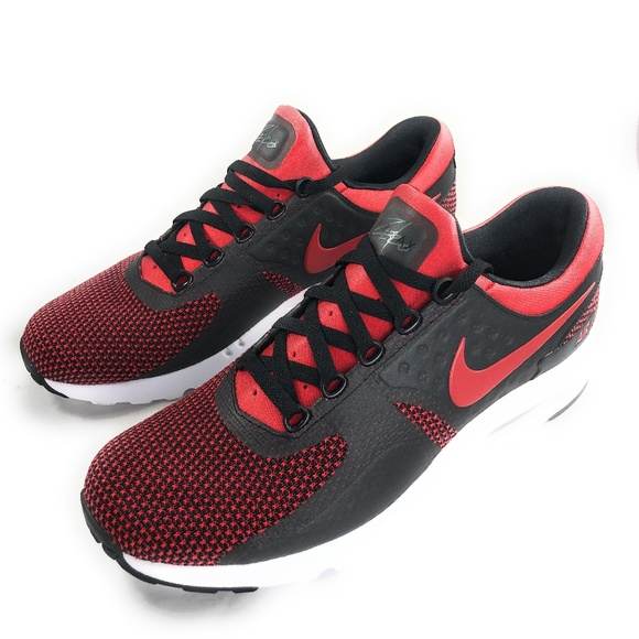 sports shoes 5f821 baba4 NEW NIKE AIR MAX ZERO ESSENTIAL RED/BLACK SZ 10